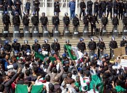 L'Algeria, la piazza e (ancora) gli ultras