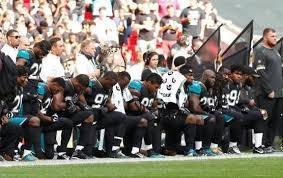 Quello che abbiamo capito dello scontro tra gli atleti neri e la Casa Bianca